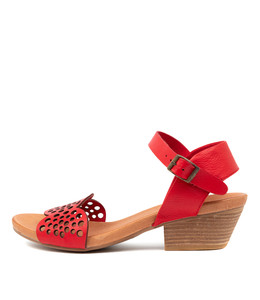 CRADLES Heeled Sandals in Red Leather