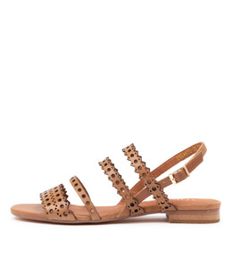PRIVATE Sandals in Tan Leather