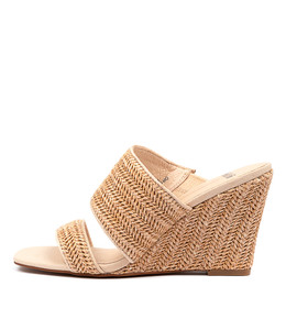 KOHEN Wedge Sandals in Natural Raffia