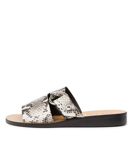REGAN Sandals in Black/ White Leather