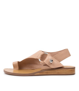 RENEE Sandals in Dark Nude Leather
