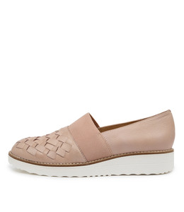 OSCAR Flatforms in Rose Leather