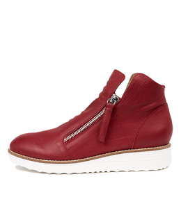 OHMY Ankle Boots in Red Leather