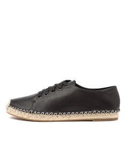 TOLINA Flats in Black Leather