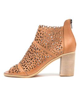WITCHY Heeled Sandals in Dark Tan Leather