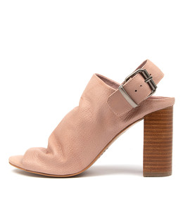 YESSAR Heeled Sandals in Cafe Leather