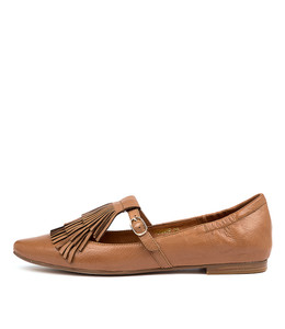 SUMNER Flats in Dark Tan Leather