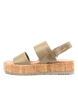 ALECKS Sandals in Dark Khaki Leather