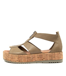 ALLOUT Sandals in Dark Khaki Leather