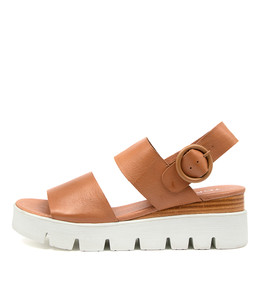 ROBBSON Sandals in Dark Tan Leather