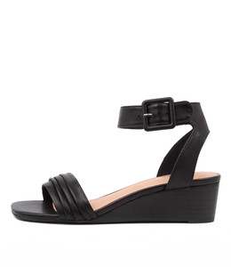 PRISSY Wedge Sandals in Black Leather