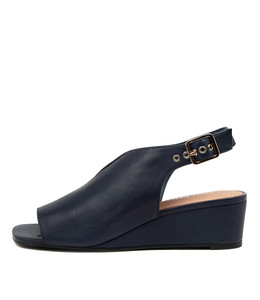 PIERCE Wedge Sandals in Navy Leather