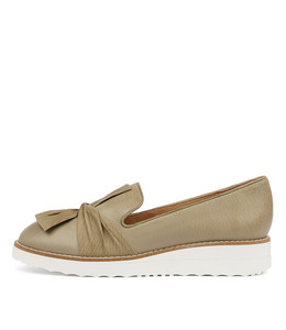 OCLEM Flatforms in Khaki Leather