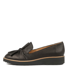 OCLEM Flatforms in Black Leather/ Black Sole
