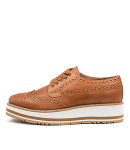 SANSI Sneakers in Tan Leather