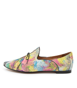 SOMMER Flats in Bright News Multi Leather