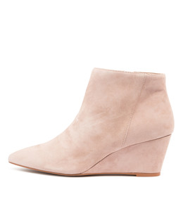WINK Ankle Boots in Mushroom Suede