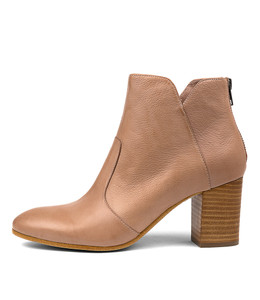 UPCLIMB Ankle Boots in Cafe Leather