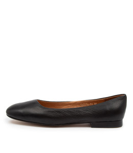 MATTIA Flats in Black Leather