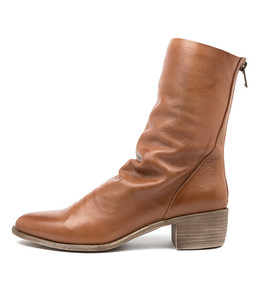 JOETTE Boots in Cognac Leather