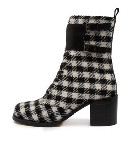 NORRISTA Boots in Black/ White Check Fabric