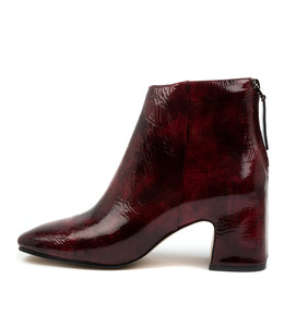 FAYLEE Boots in Ruby Patent Croc