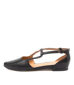SLAMIE Flats in Black Leather