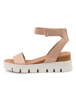 RYLITAS Sandals in Dark Nude Leather