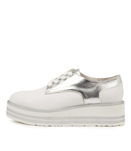 SELDON Platforms in White/ Silver Crush Leather