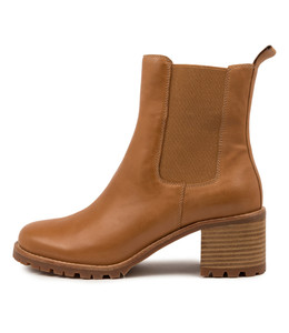 NEENA Boots in Tan Leather