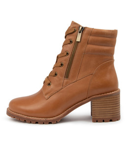 NOEL Boots in Tan Leather