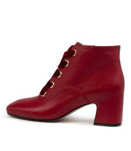 FILIPPA Ankle Boots in Pinot Leather