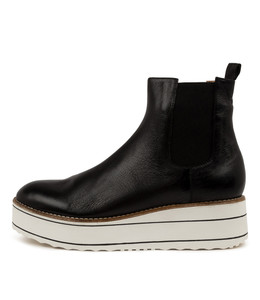 NISA Ankle Boots in Black Leather