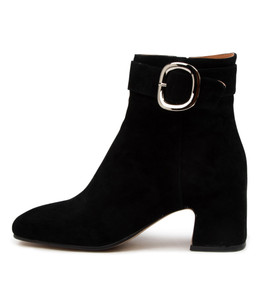FAVIAN Ankle Boots in Black Suede