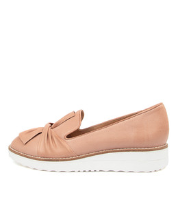 OCLEM Flats in Warm Rose Leather