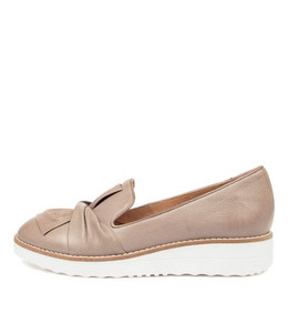 OCLEM Flats in Ash Leather