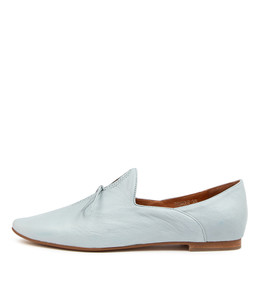 SOMMER Flats in Pale Blue Leather