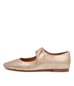STRINGY Flats in Champagne Leather