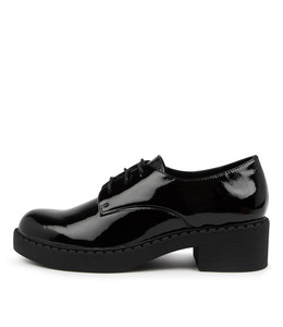 PRAISE Shoes in Black Patent Leather