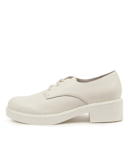 PRAISE Shoes in White Leather/ White Sole