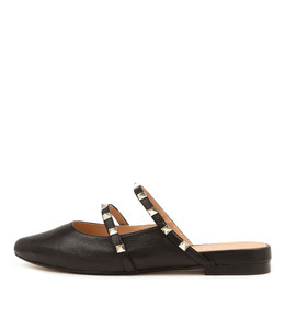FOCALS Flats in Black Leather