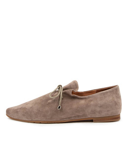 SAMAYA Flats in Taupe Suede