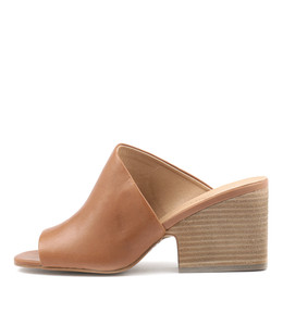 BILLYS Heeled Sandals in Tan Leather