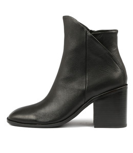 DARIO Ankle Boots in Black Leather