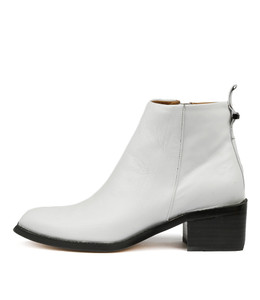 VINCE Ankle Boots in White Leather