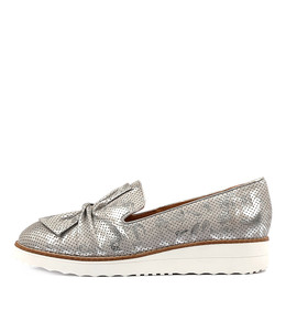 OCLEMY Flatforms in Misty Floral Leather
