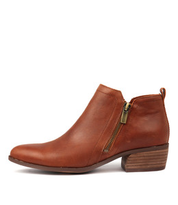 CARMA Ankle Boots in Cognac Leather