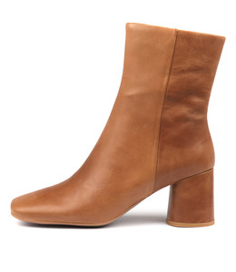 GELAN Ankle Boots in Tan Leather