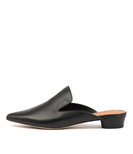 SHUBAHS Flats in Black Leather