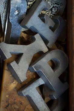 Zinc Alphabet Vowels - Set of 5